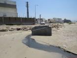 חיפה קצה רחוב חלוצי התעשייה הזרמה קבועה בניגוד להוראות החוק (צילום: ניצן מתן)