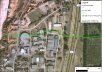 """מפות אלו נעשו במסגרת קורס של מערכות מידע גיאוגרפיות (GIS: Geographic information (system . המפות מציגות את תוואי התכנית למתקני זיקוק הגז היבשתיים והצנרת על מפת לווין של Google. המפות מתרכזות באזור עמק חפר בו גרתי ובו פעלתי כנגד יישום התכנית. אותן הבעיות נמצאות גם באתרים אחרים בהם נעשה תכנון מסוכן. ההתנגדות להקמת מתקני זיקוק גז בחלק היבשתי של מדינת ישראל והרחקתם לעומק הים התיכון נכונה לכל אתר ואתר ולא רק לעמק חפר. זיקוק מלא של תגליות הגז הטבעי קורה כבר כיום באסדת הגז """"תמר"""" המופעלת על ידי חברת נובל אנרג'י (Noble energy). הקמת תשתיות שינוע וזיקוק גז מיותרות ליד מבנים כגון בית ספר, בית חולים, שמורת טבע חוף ים וכבישים יוצרת סיכון מיותר. אפשר וצריך לזקק את גל הגז הים בדיוק כמו שנעשה כבר עכשיו בים התיכון."""