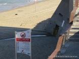 """בין השנים 2013 ל- 2015 שבעה מקרים בהם נשפך נגר עילי בעל ריח חריף של ביוב לחוף הים הצמוד """"מרפסת"""" הנמצא במרחק של כ- 500 מטר מצפון לנמל יפו. מבדיקות שערכנו בנגר זה ישנו ריכוז גבוה של פתוגניים האופייניים לביוב אנושי וחשיפה עליהם עלולה לגרום לשלשול חריף וחום גבוה. חבל שחוויית הרחצה בחופי תל-אביב-יפו מלווה לעיטים קרובות במפגע זה."""